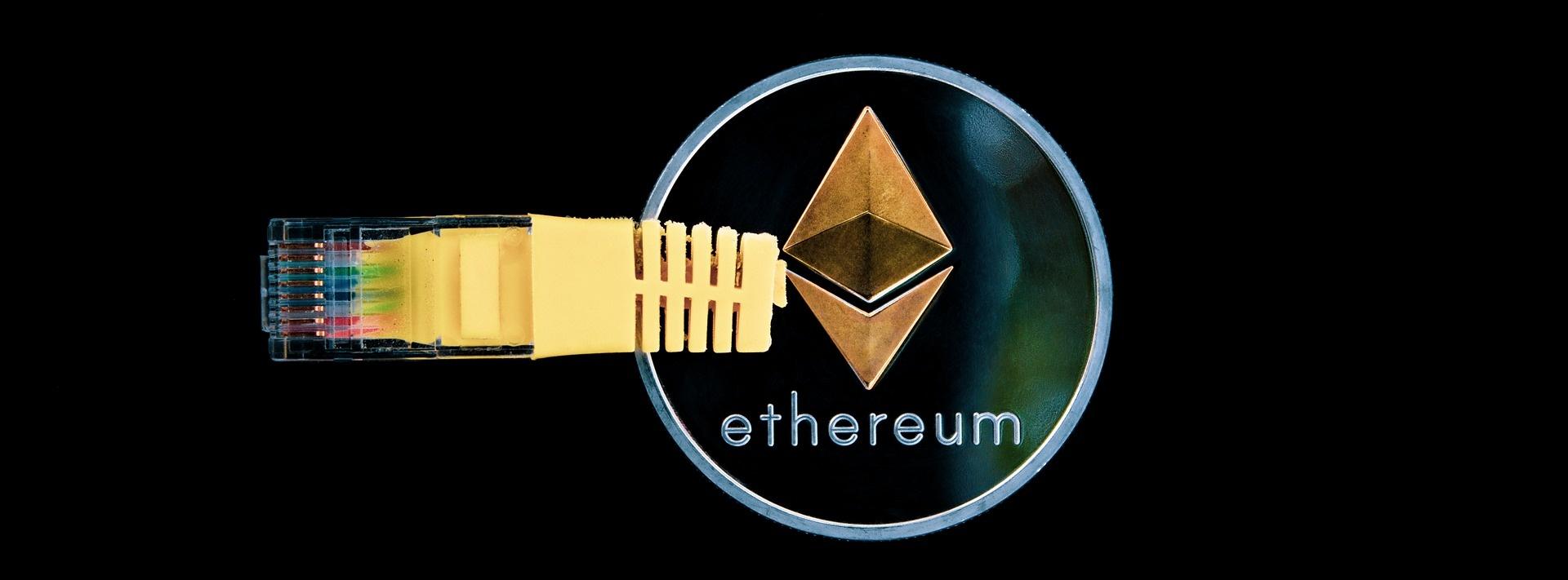 Ethereum Kurs Prognose ETH Münze an LAN Kabel