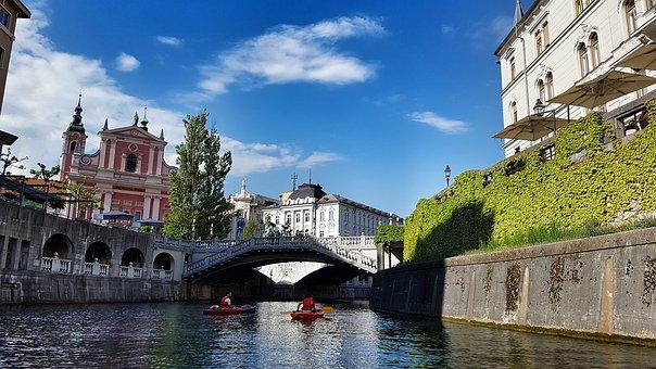 slovenia-creates-world's-first-bitcoin-city