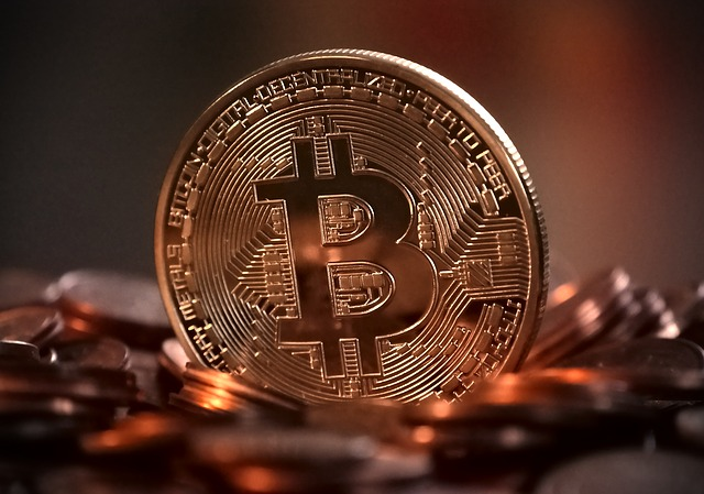 Top 5 arguments for Bitcoin vs Centralized Currencies